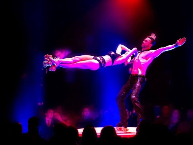 Rasante Rollschuhakrobatik: Sven & Jan
