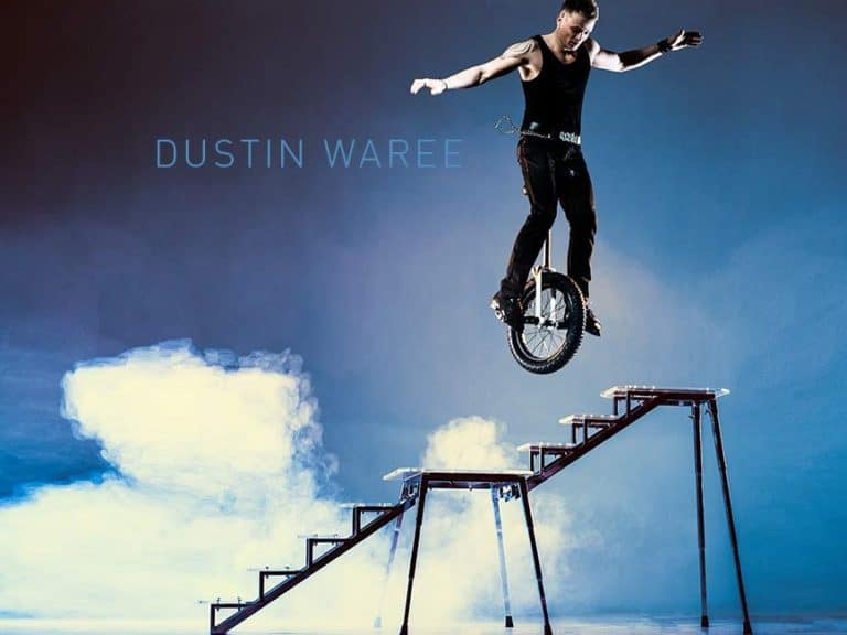Einradstunts & Rockabilly: Dustin Waree